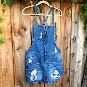 Cropp Overalls shorts jean M cute holes